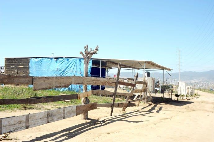 El Aguajito, terreno invadido en Baja California.