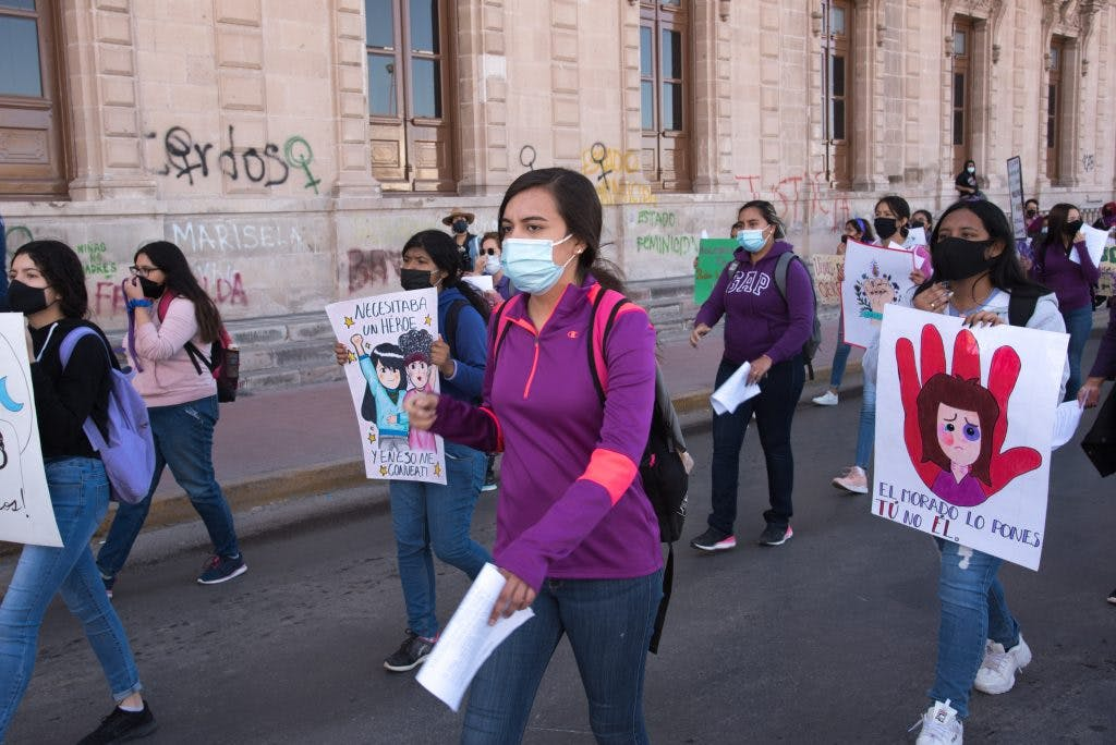 Marcha Chihuahua, violencia contra la mujer, 25 de noviembre