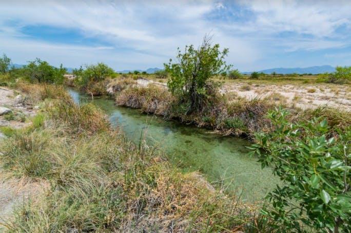 Canal Saca Salada.