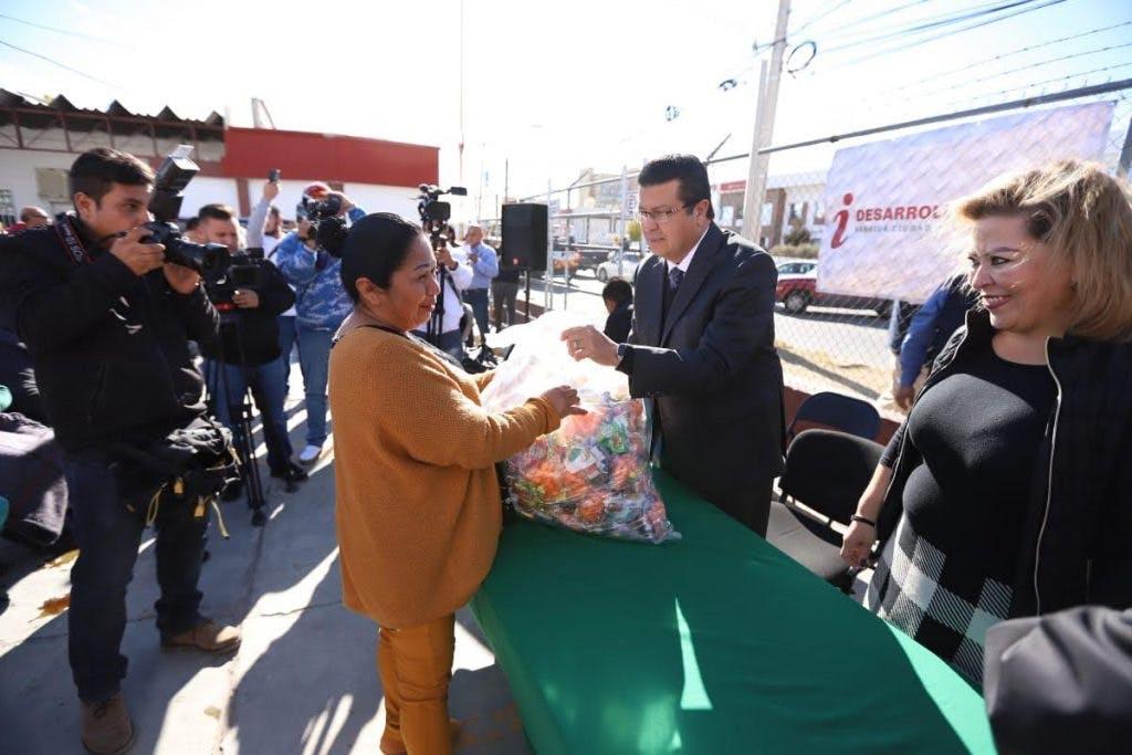 Bolos navideños en Juarez a través de factureras