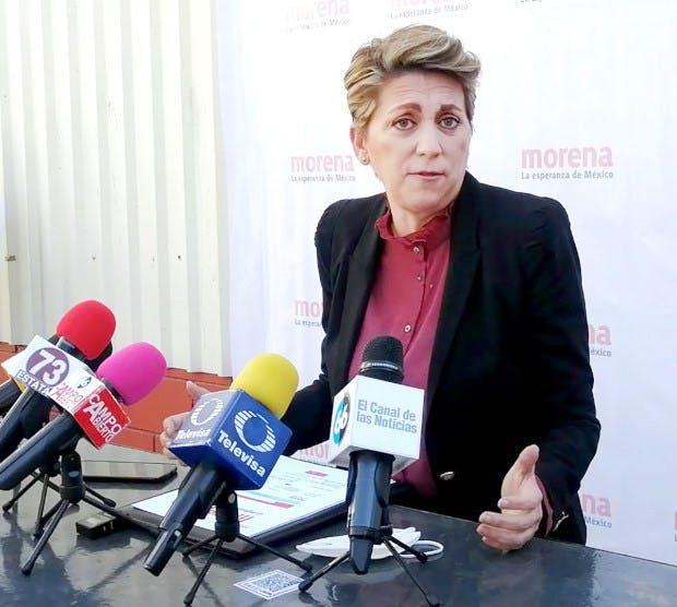 Karen Postlethwaite, secretaria de infraestructura de BC, corrupción en Baja California