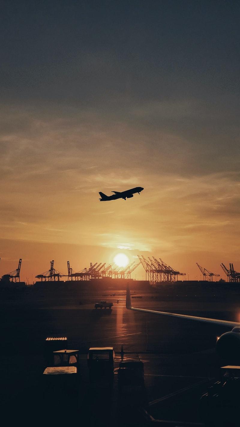 Plane flying over Newark Airport
