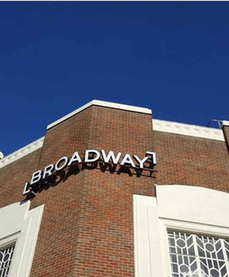 Luggage Storage Broadway Theatre