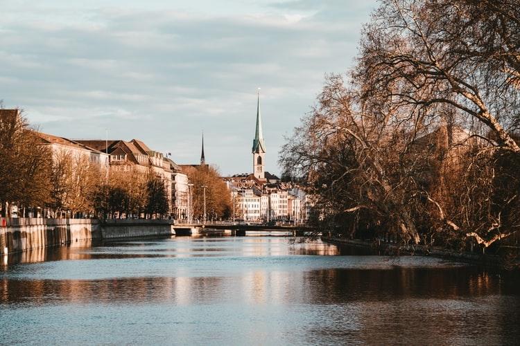 Gepäckaufbewahrung in Zürich