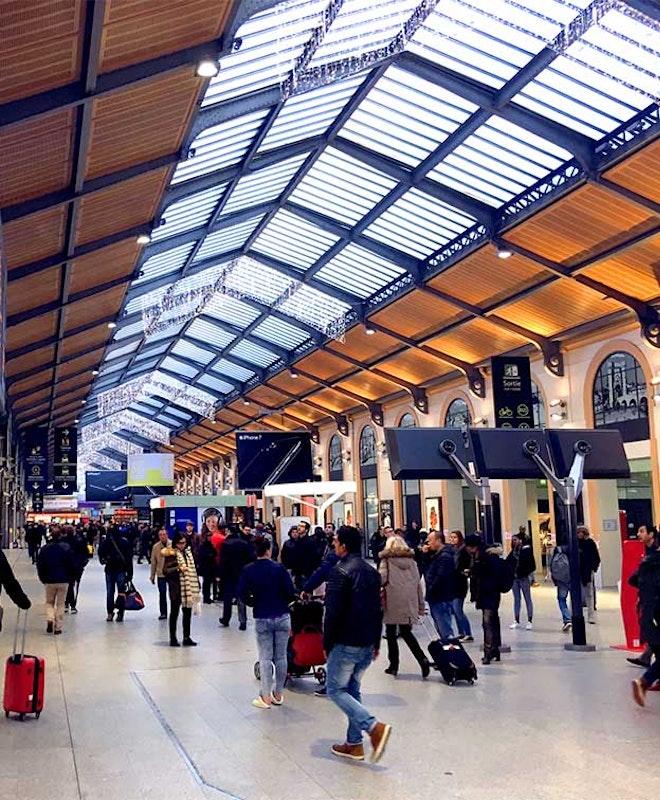 Depósito de Bagagem Paris Saint-Lazare
