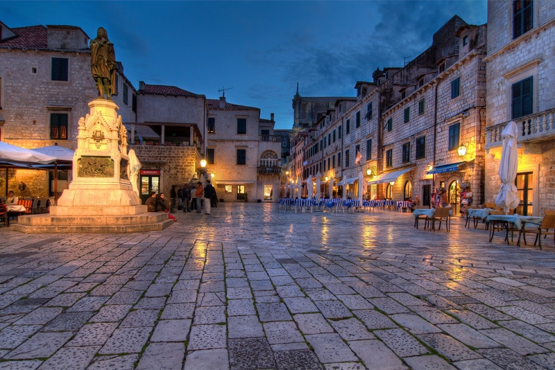 Dubrovnik old town at night