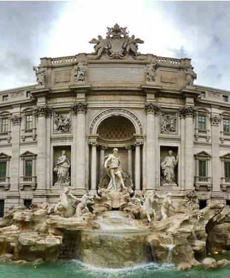 Luggage Storage Trevi Fountain