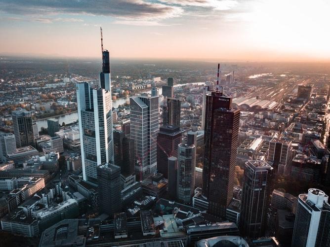 Depósito de Bagagem em Frankfurt