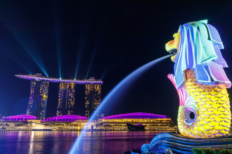 fountain at Merlion Park