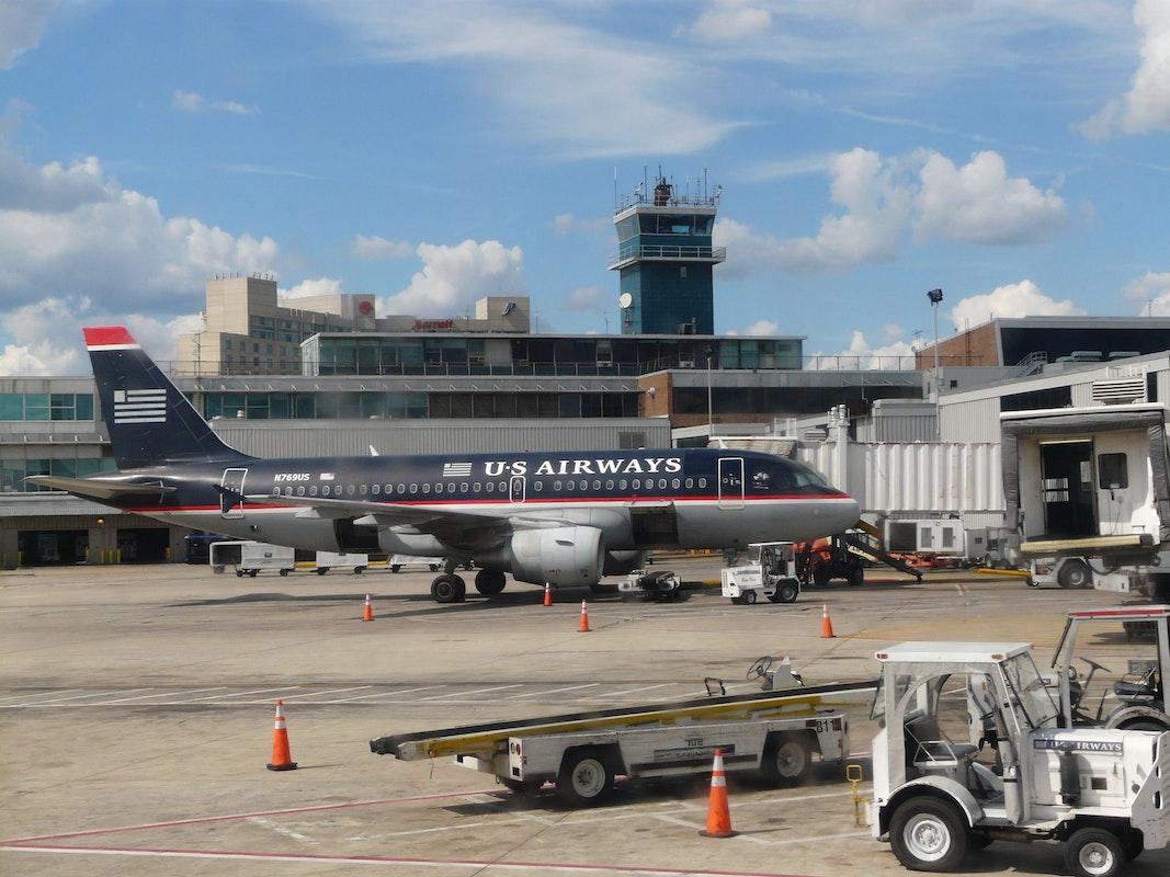 Consignación de Equipaje en Aeropuerto Internacional de Filadelfia (PHL)