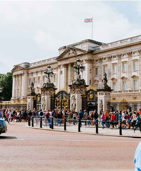 Gepäckaufbewahrung in Buckingham Palace