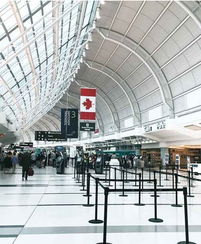 Хранение багажа в Аэропорт Торонто (YYZ)