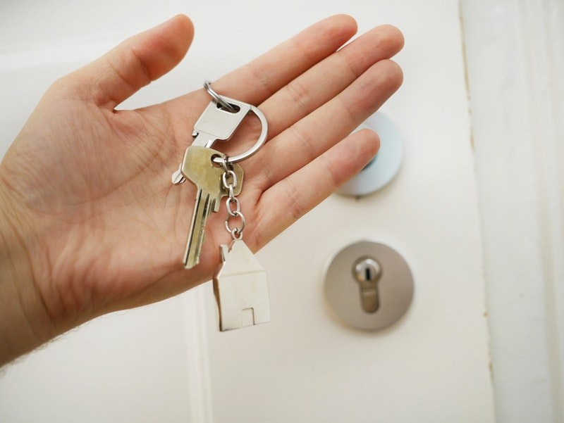 Offering key exchange services for local vacation rentals