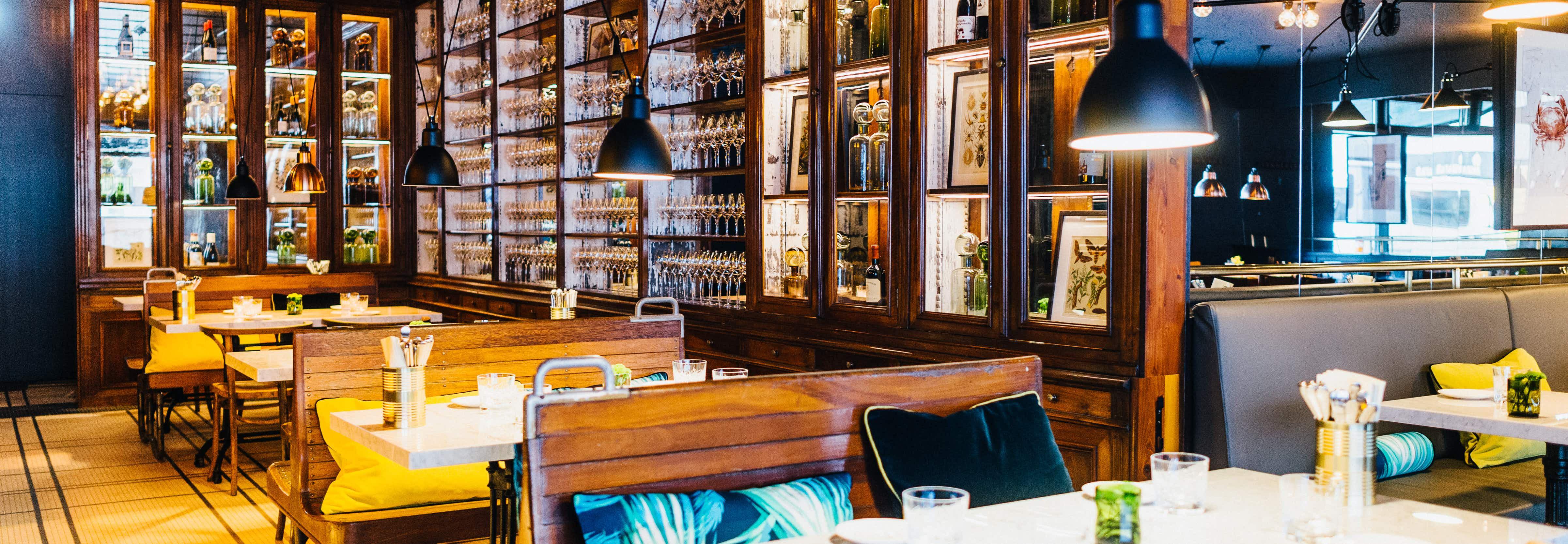 Brasserie Colette Berlin - Blick in Gastraum des Französischen Restaurants in Berlin