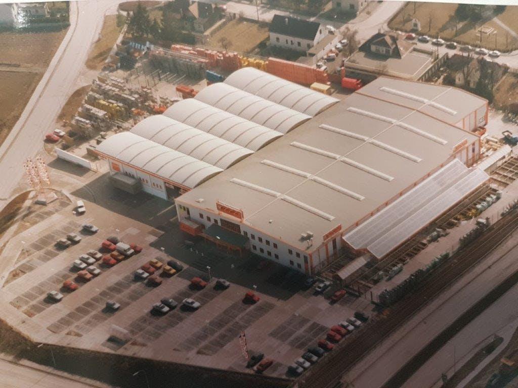 Foto des Baumarktes der Bauwelt Baumgartner in St. Pölten Süd im Jahr 1992