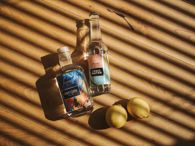 sommerurlaub montafon vorarlberg drink gin franz von durst