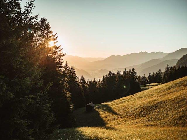 Sonnenuntergang beim Wandern im Montafon.