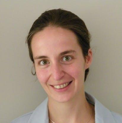 Bon exemple de photo idéale femme pour un CV