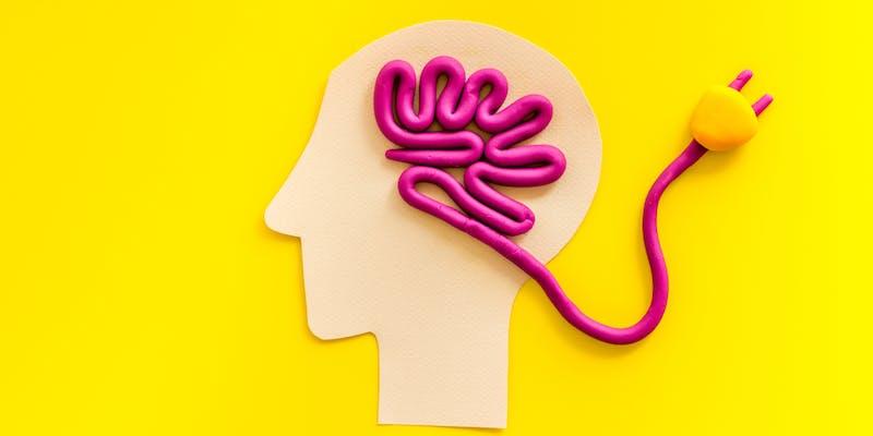 Charge mentale, télétravail et confinement : 3 conseils pour éviter la « sur » charge