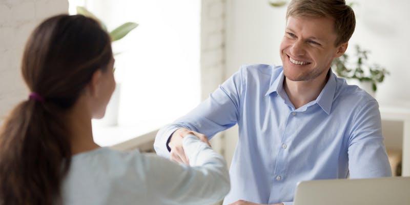 Reconversion : 4 arguments pour convaincre en entretien d'embauche