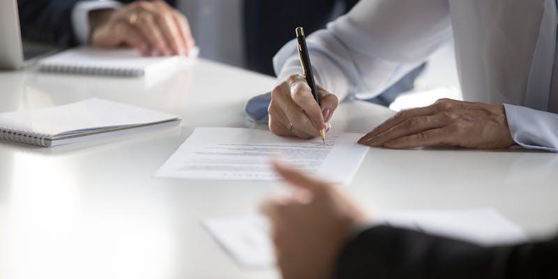 Dans quels cas peut-on requalifier un contrat d'intérim en CDI ?