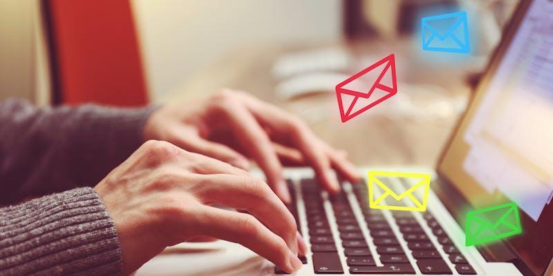 Coronavirus : quelle formule de politesse utiliser dans un email ?