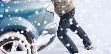 Quels risques en cas d'absence ou de retard au travail pour cause de neige ?