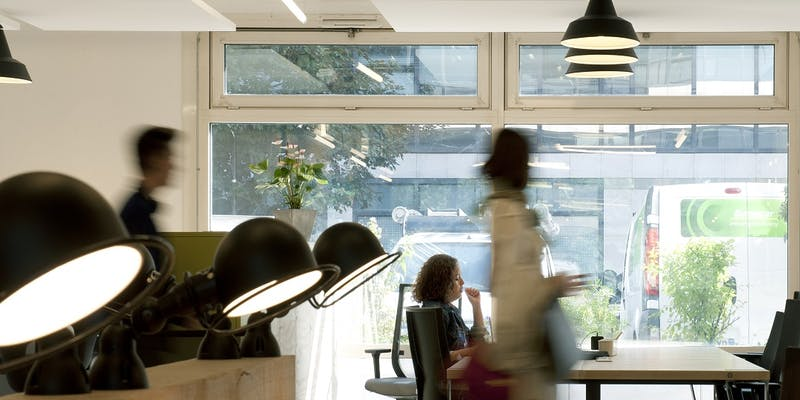 Espaces de coworking : des salariés au milieu des free-lances et startupers