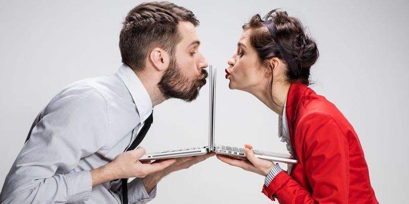Saint-Valentin : est-il permis de vivre une relation amoureuse entre collègues ?