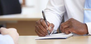 Entretien d'embauche : comment prendre des notes et pourquoi faire