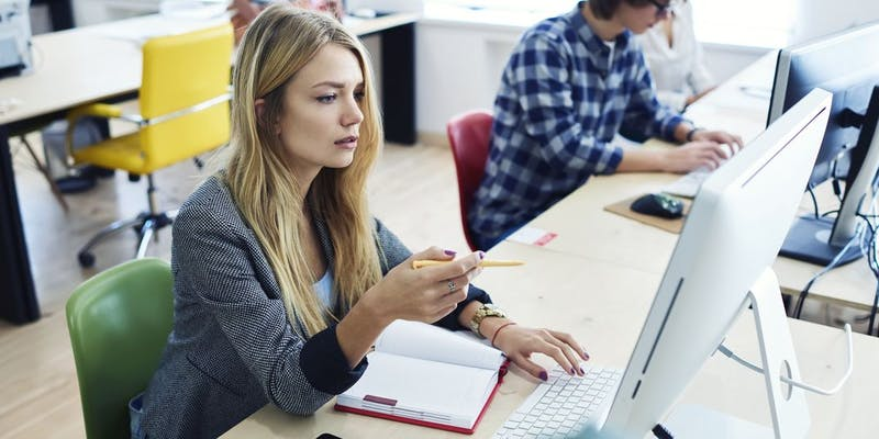 Ça change quoi quand les salariés se forment à l'université ?