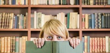 6 jobs étudiant qui vous laissent du temps