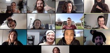 E-apéro, e-café, e-rituels : comment les télétravailleurs gardent le lien entre collègues pendant le confinement