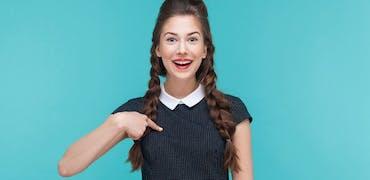 « Parlez-moi de vous » : 4 exemples de discours pour bien débuter son entretien d'embauche