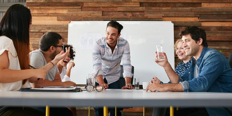 Ingénieurs IT : devenir manager, la voie royale ?