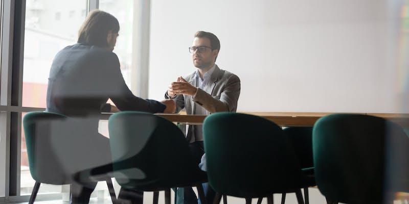 Et si vous postuliez… dans un cabinet de recrutement ?