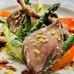 Vapeur Pigeon, légumes, Curcuma, gingembre et amande