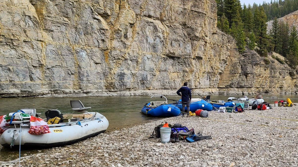 loading boats on the Smith River, Montana