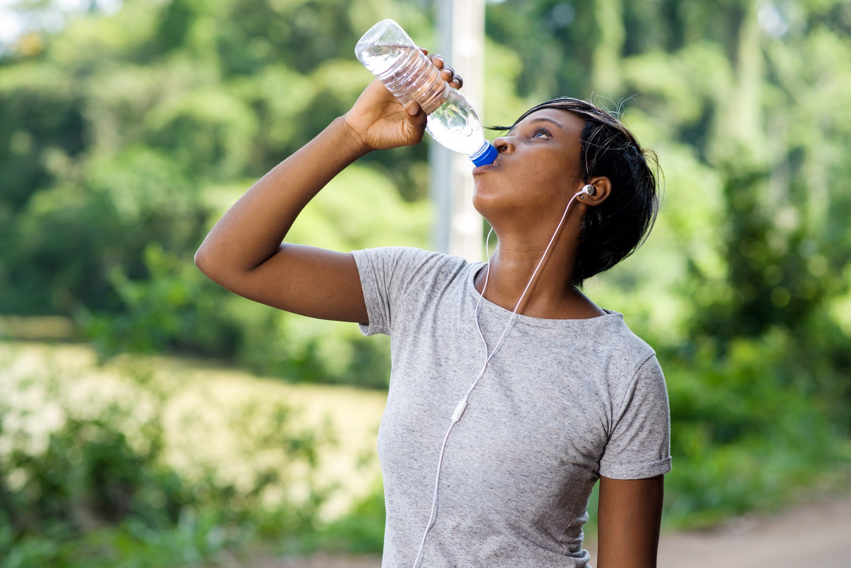 How Much Water Should I Drink on Keto?