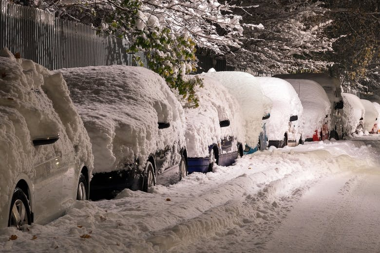 10 myths about winter car care and driving