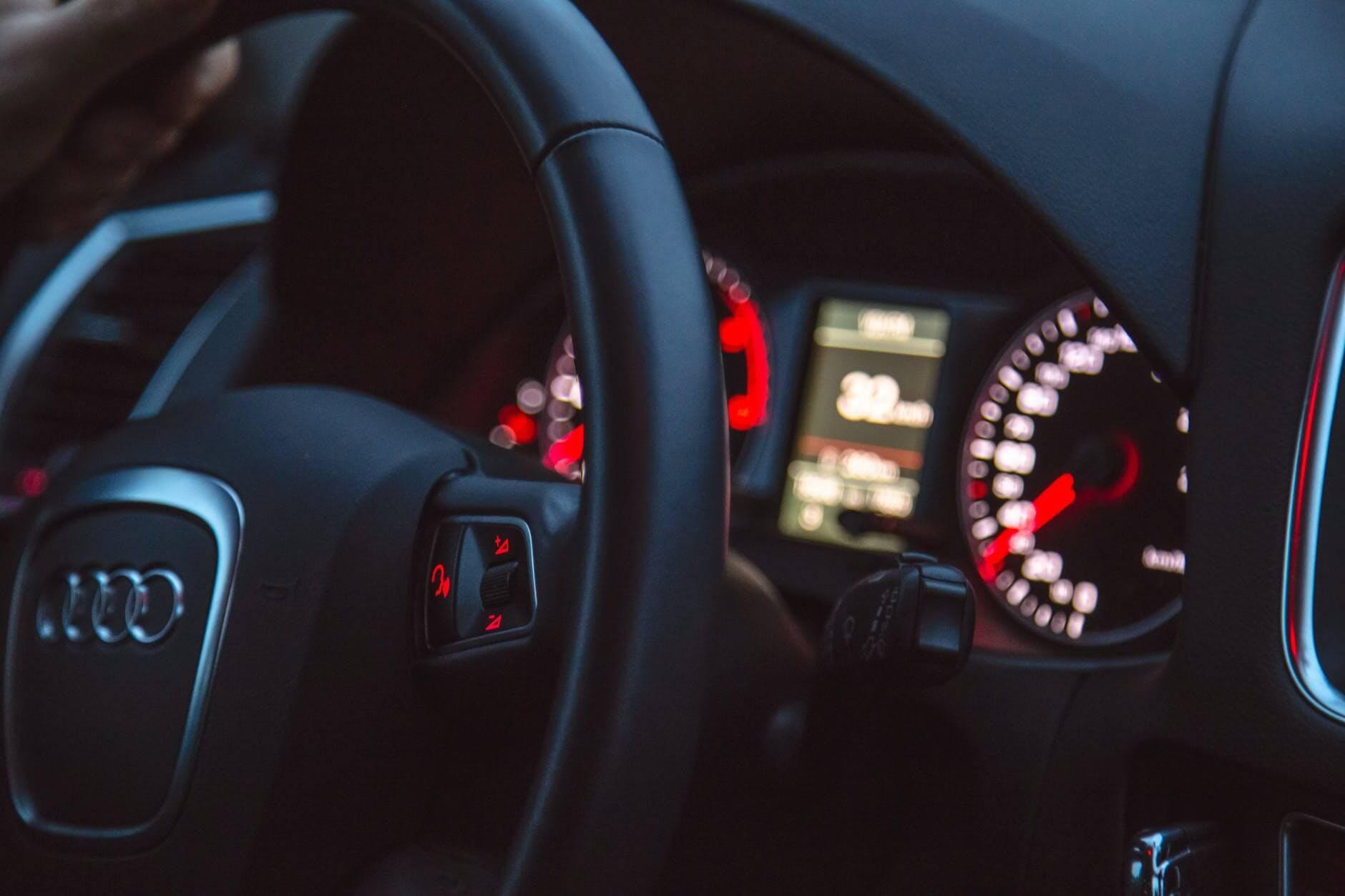 Blockchain rzuca wyzwanie 30+ mld USD rynkowi oszustw samochodowych