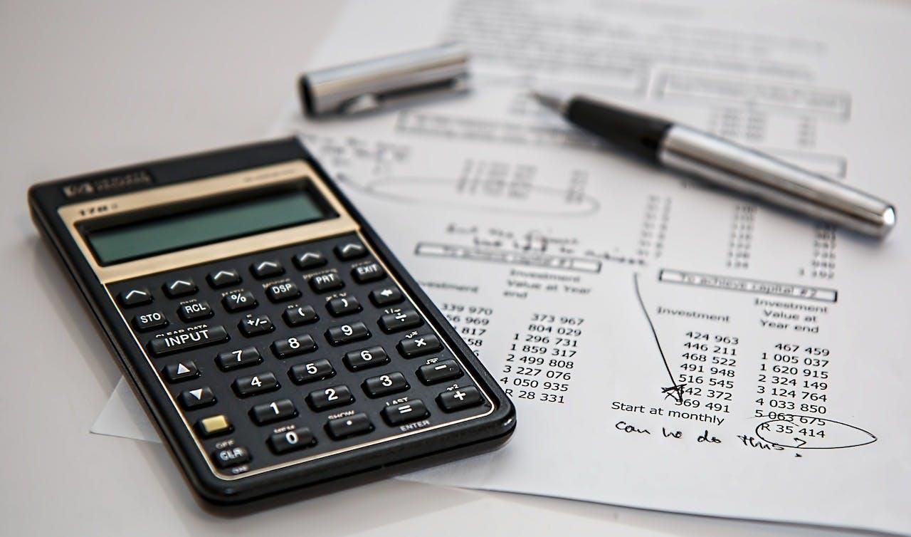 Ile wynosi VAT na samochody? Przewodnik podatkowy