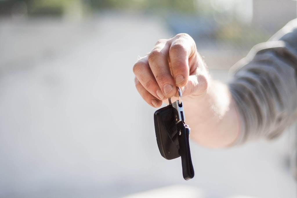 TOP 5 common scams to avoid when buying a used car according to carVertical