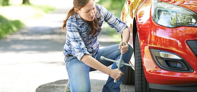 An Easy Way to Change your Tyre Alone
