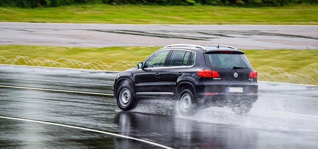 Value your Road Safety with an Advanced Driving Course