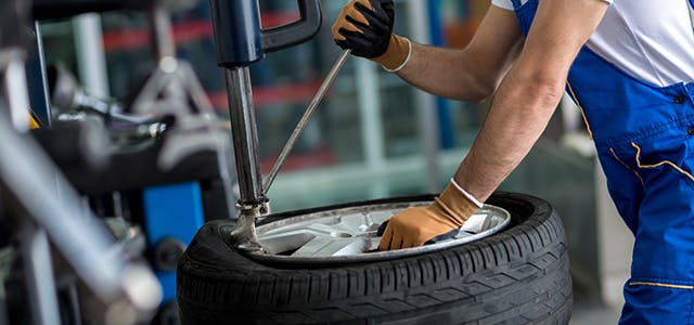 6 Tips on Treading Carefully with Tyre Maintenance