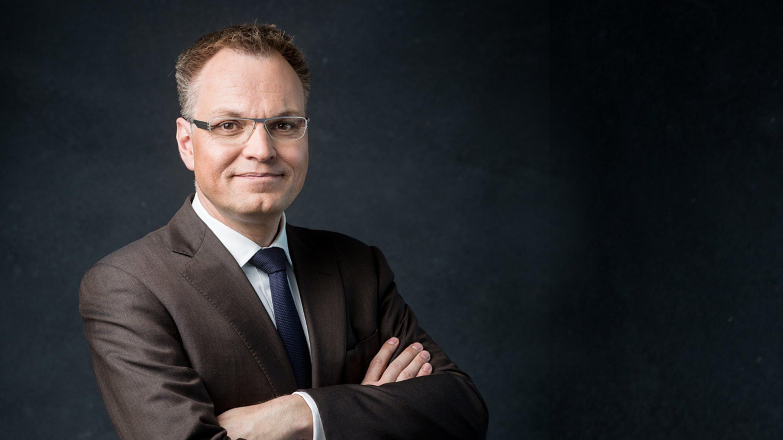 Dr. Oliver van Laak, Vorstand Cassini AG