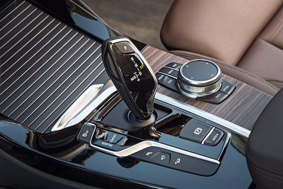 Gear stick shot of the BMW X3