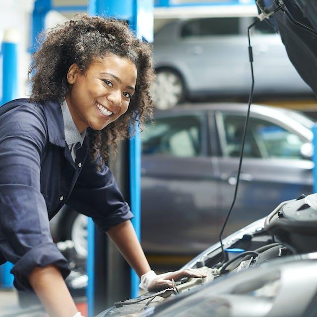 Car mechanic