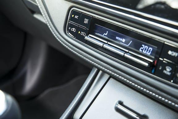 Toyota Auris fascia